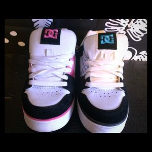 DC Shoes. Size 8.5 -Like New